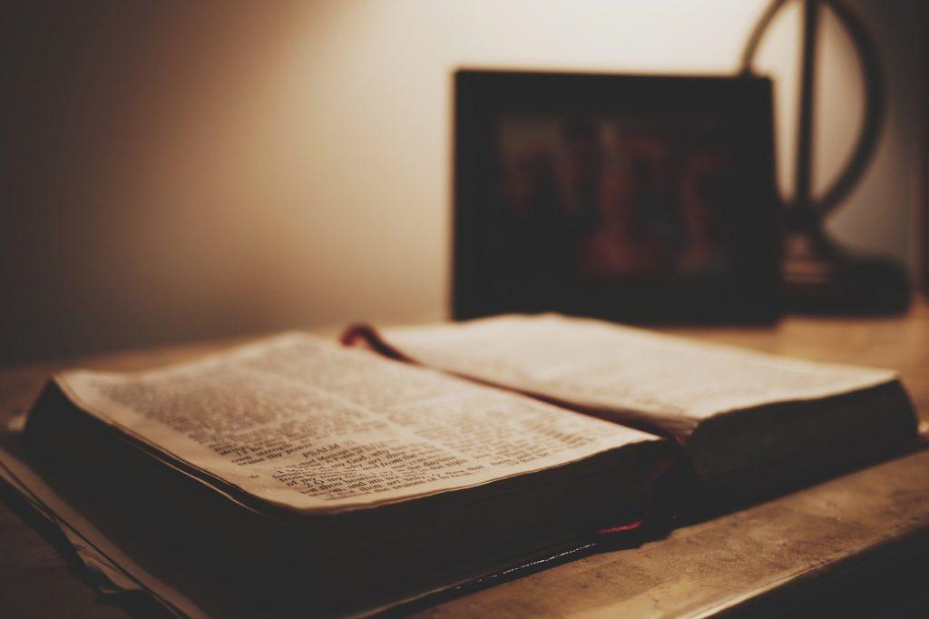 Exploring how two faiths encourage faith and curiosity
